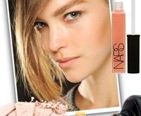 Тенденции макияжа 2011–2012